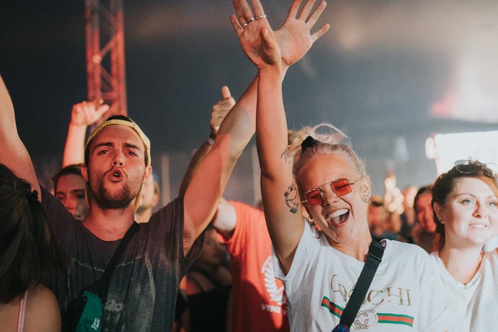 dour-festival-crowd