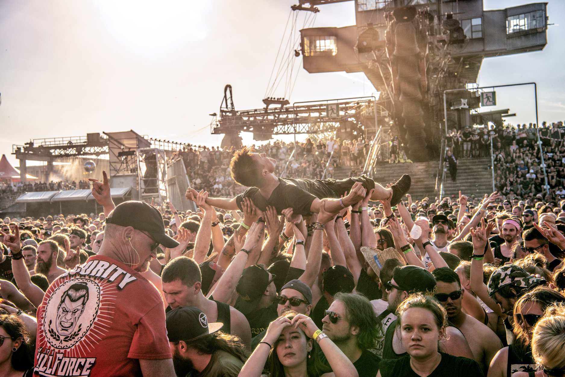 Stage dive at full force festival
